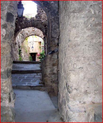 Lucéram. Ile Saint Marguerite. Provence