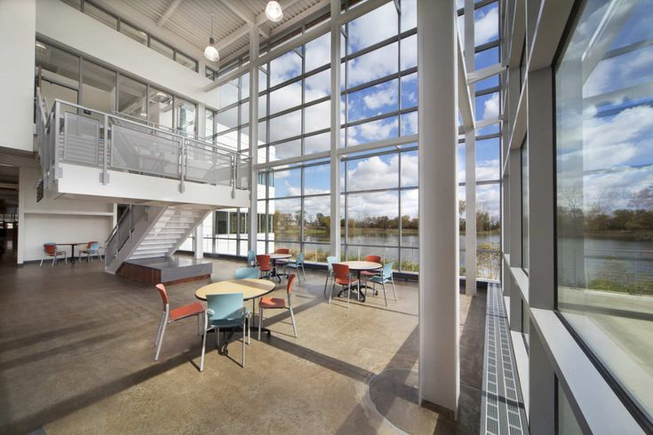 Gallery - Waubonsee Community College Plano Classroom Building / Holabird & Root - 19