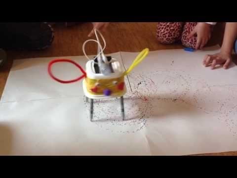 Kreslící roboti 2 - YouTube
