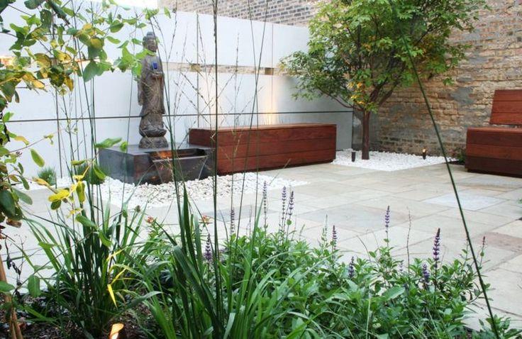 petit jardin zen et cour intérieure