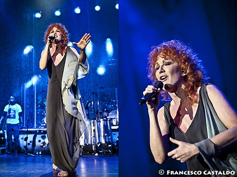 31 Marzo 2012 - MediolanumForum - Assago (Mi) - Red headed Fiorella Mannoia in concert