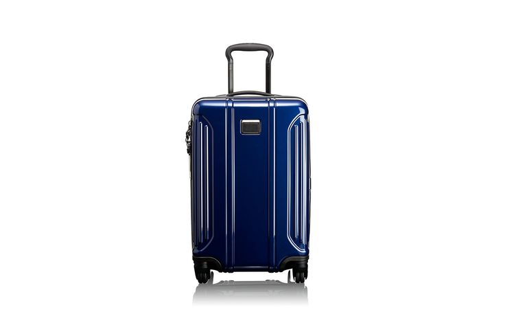 The Best Lightweight Luggage to Take on Your Next Vacation