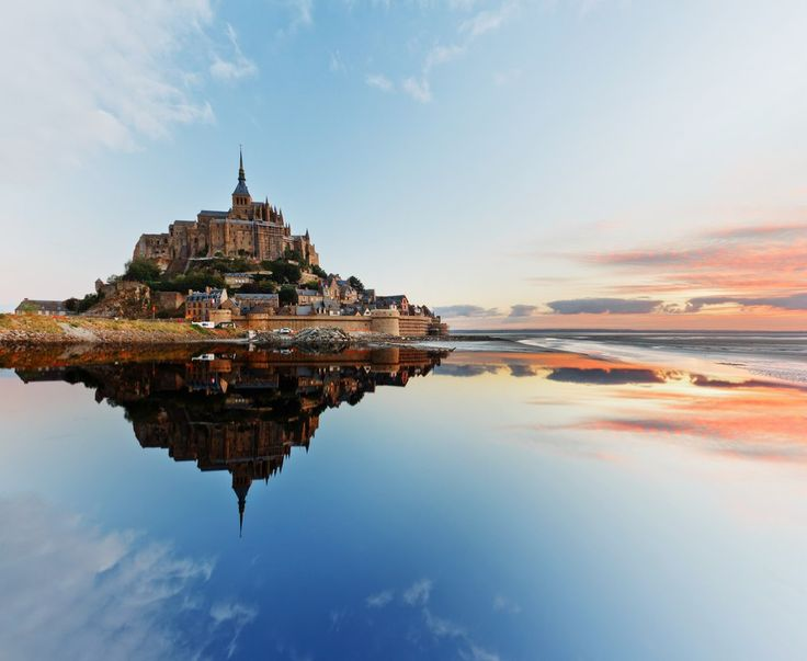 Замок Мон-Сен-Мишель  Департамент Манш, Нормандия, Франция