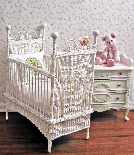 Baby Doll Changing Table And Crib Woodworking Projects