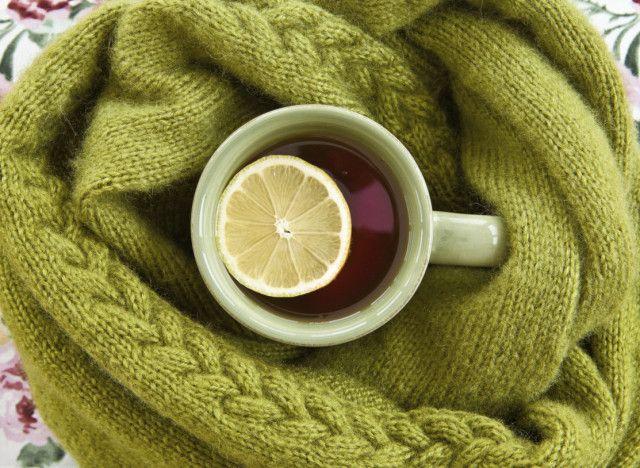 Recette de grog : la boisson chaude qui vous aidera peut-être à faire passer votre rhume