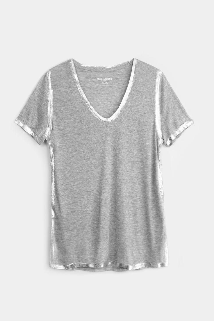 T shirt Zadig et Voltaire, col U, manches courtes, base du modèle arrondie, coutures côtés décalées, finition matière enduite, 100% modal