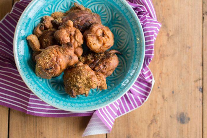 Glutenvrij genieten met Oud & Nieuw met deze heerlijke paleo oliebollen. Vrij van granen, zuivel en geraffineerde suikers. Bekijk hier het recept.