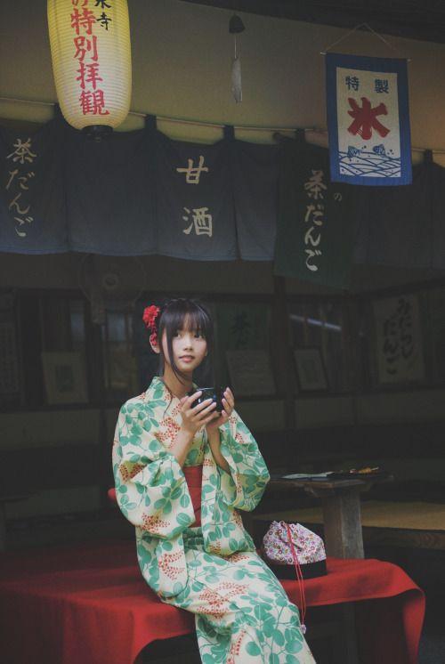 摄影师 太宰治 出镜 @猫梓子 Source: kwancha.tumblr.com