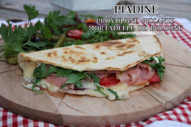 Piadine au provolone piccante et mortadelle de Bologne
