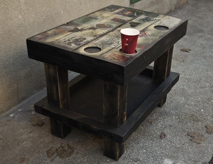 Jazz table   75cm L x 50cm l x 50cm H