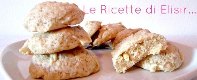 Brutti ma sani ricetta biscotti vegani le ricette di elisir  http://blog.giallozafferano.it/ricettedielisir/brutti-ma-sani-ricetta-biscotti-vegani/