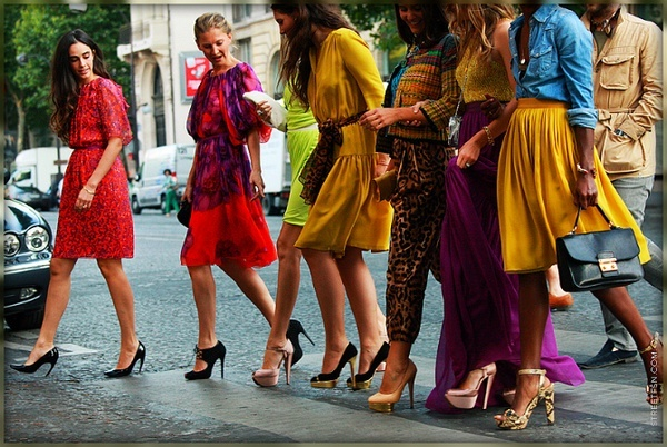 We rounded up some of the best sources for fashion inspiration on Pinterest.: Shoes, Fashion, Girl, Inspiration, Street Style, Colors, Dress, Heels