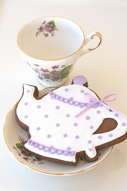 gorgeous teapot cookies