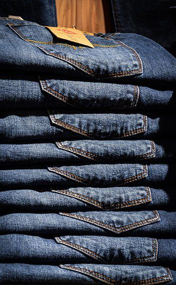 e5d36b5d885 4 Ways To Stay Warm While Wearing Your Favorite Denim