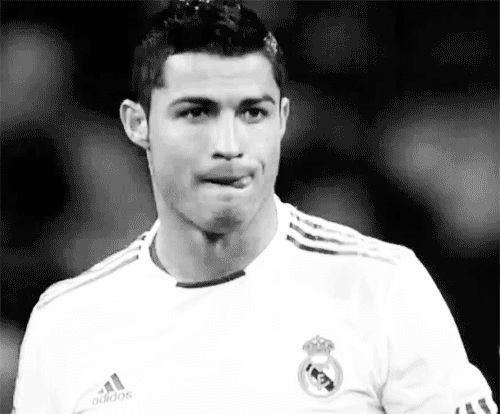 GIF-Cristiano Ronaldo