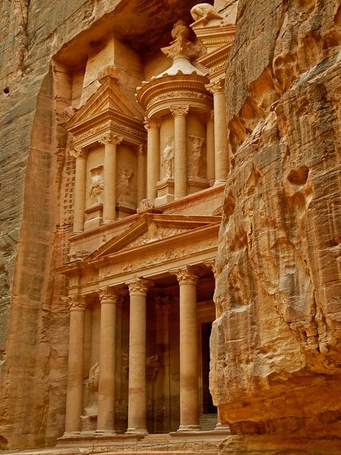 Entrance to the Treasury (Al Khazneh), a stunning piece of Nabataean architecture in Petra, Jordan