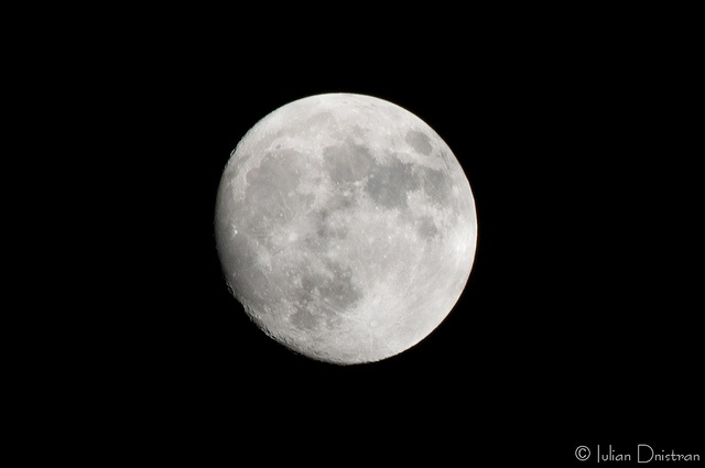 The naked Moon by Iulian.Dnistran.ro, via Flickr