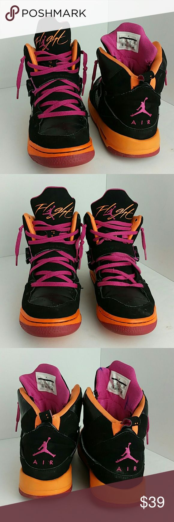 AIR JORDAN FLIGHT WOMEN/YOUTH SHOES IN GOOD CONDITION THIS IS A YOUTH SIZE 7Y WHICH IS WOMEN SIZE 8.5 SKE # BK Air Jordan Shoes Athletic Shoes