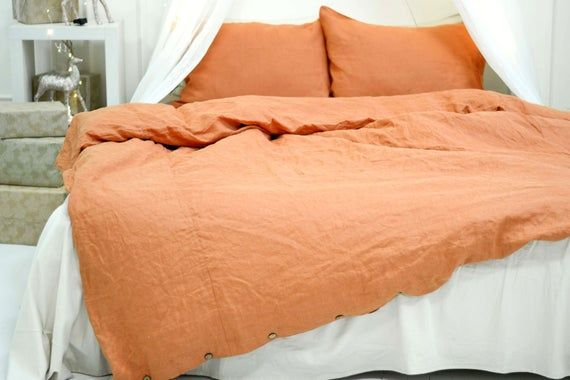 Rust Linen Duvet Cover With Coconut Buttons Closure 1 Duvet Etsy Linen Duvet Covers Linen Duvet Duvet Covers