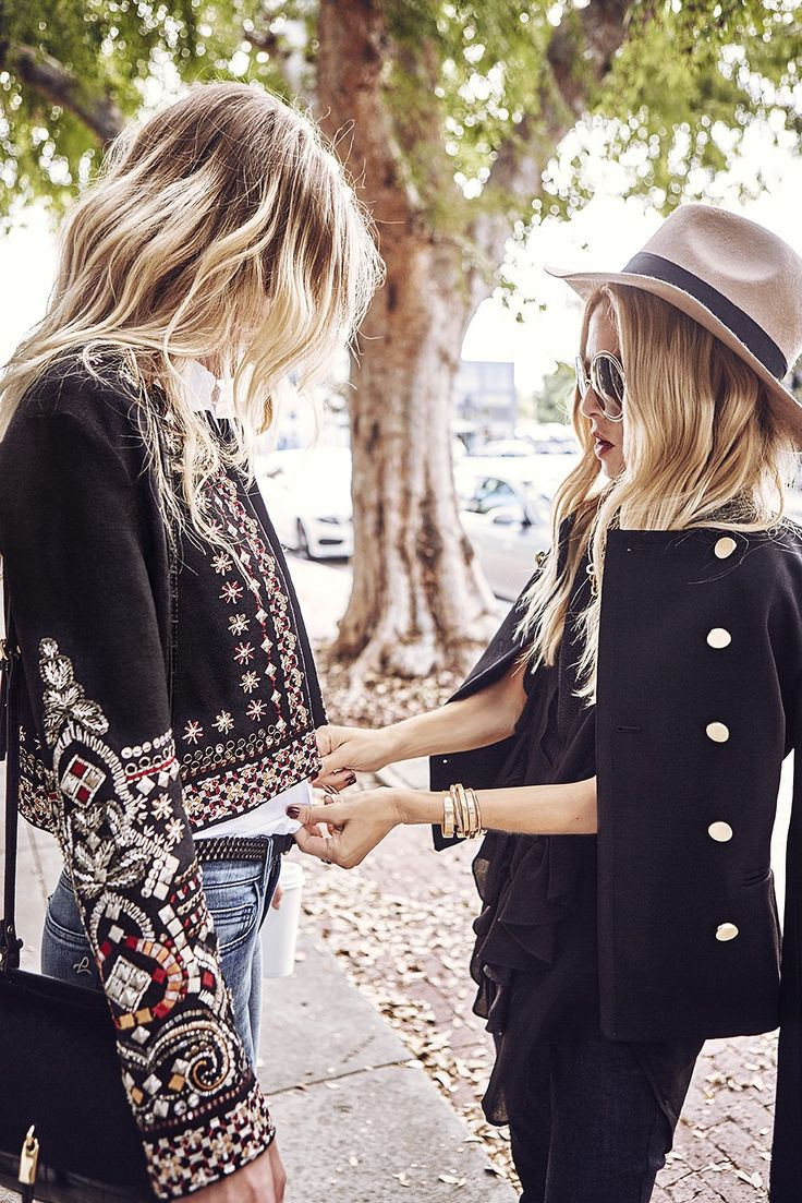 How to Master Holiday Gift Buying, According to Rachel Zoe via @WhoWhatWearUK