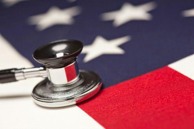 ΤΟ ΚΟΥΤΣΑΒΑΚΙ: Ο Ομπάμα έκανε την υγειονομική περίθαλψη ατμομηχαν...  Οι περισσότεροι Αμερικανοί που βρήκαν εργασία μετά τον ερχομό του  Μπαράκ Ομπάμα στην προεδρία - είναι υπάλληλοι στον ιατρικό κλάδο ή στον τομέα των τροφίμων.  Περισσότερο από το 60% του συνόλου των θέσεων εργασίας που δημιουργήθηκαν υπό τον Ομπάμα, είναι ιδιαίτερα σ αυτούς τους τομείς. Η σημερινή διοίκηση του Λευκού Οίκου δίνει μεγάλη σημασία στη δημιουργία θέσεων εργασίας στον τομέα της υγείας και της διατροφής.