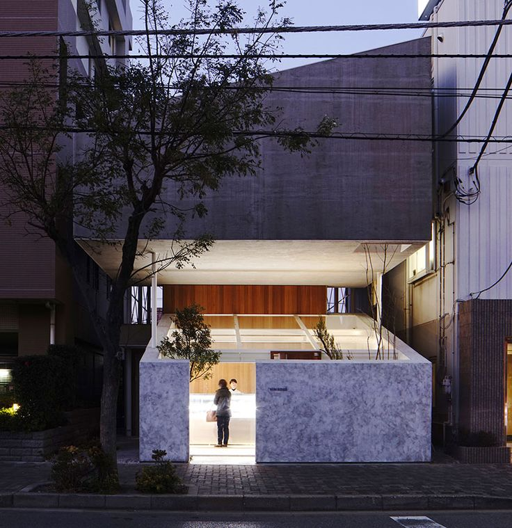 yuko nagayama stacks the katsutadai residence over a pastry shop
