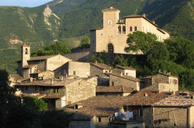 Piobbico , castello dei Brancaleoni
