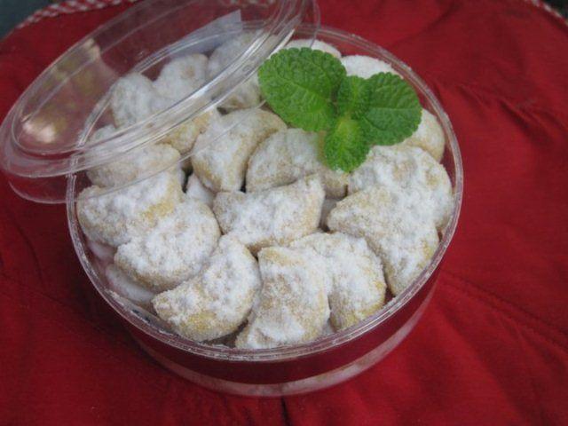 Resep Kue Putri Salju Jamuan Lezat Dihari Raya - http://www.rancahpost.co.id/20160656852/resep-kue-putri-salju-jamuan-lezat-dihari-raya/