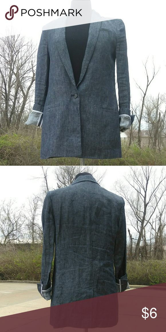 """Banana Republic linnen blazer Nice blazer excellent condition. Size 30"""" to 32"""" bust. One button has a jean look but linnen feel. Roll up sleeves. Non stretchable. Banana Republic Jackets & Coats Blazers"""