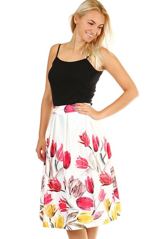 cc3b2c06a62e Dámská áčková květovaná sukně