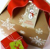 Gift Wrapping {Free Gift Tags}