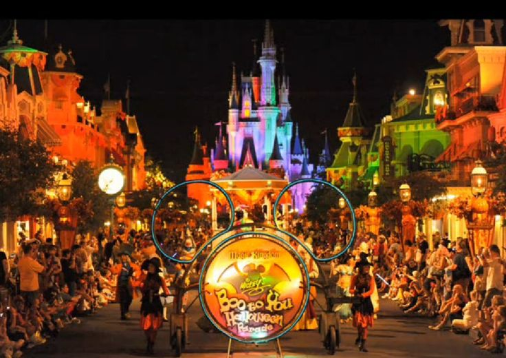 14 best A Magic Kingdom Halloween images on Pinterest Halloween - not so scary halloween decorations