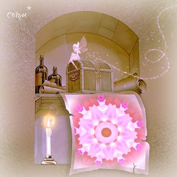 """@comurasaki's photo: """"*  *  flower taken with the kaleidoscope app~edited by app """"Pho.to Lab""""  *  *  すごく久しぶりに万華鏡写真です  部長を名乗ってるクセにサボってましたm(_ _)m  *  かなり前に花を万華鏡アプリで撮ったものを、さらに凝ったフレームに入れてみました。  *  another version→@comu_2  *"""""""