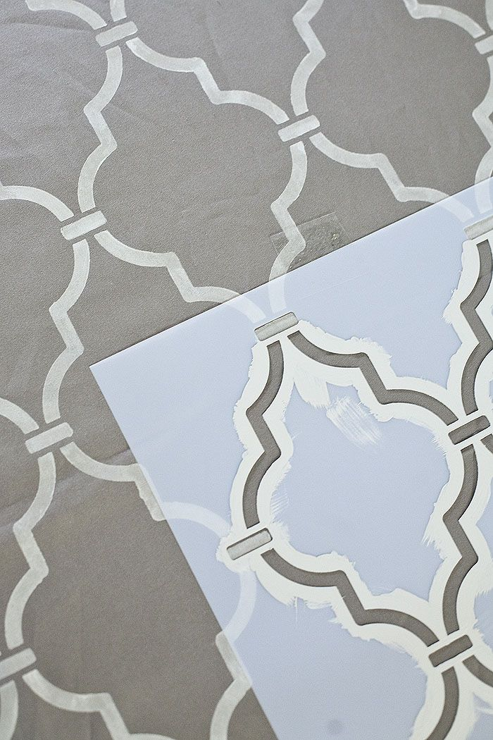 Stenciled Moroccan print-my cousin used this stencil to upstyle her closet. She had the same light gray background in the closet. It's beautiful