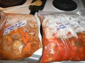 ...me voici prête à t'utiliser pour les prochaines semaines !   Hier, j'ai préparé des gros sacs Ziplock pour congélateur avec plein de légu...