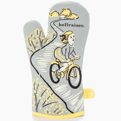 Give em' hell with our Hellraiser Oven Glove. Functional but far from boring, our retro inspired range of oven gloves adds a splash of colour to your home