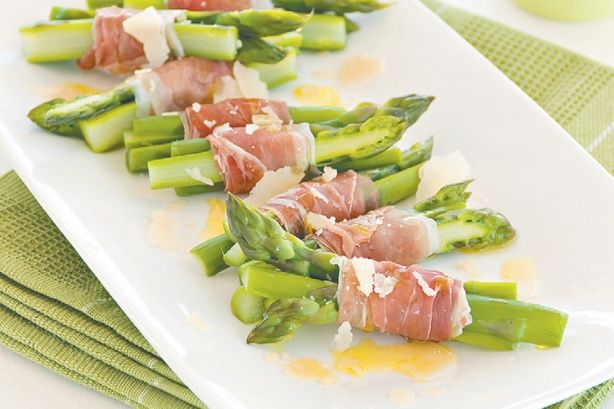 Take the fuss out of entertaining with these sophisticated prosciutto-wrapped asparagus bites.