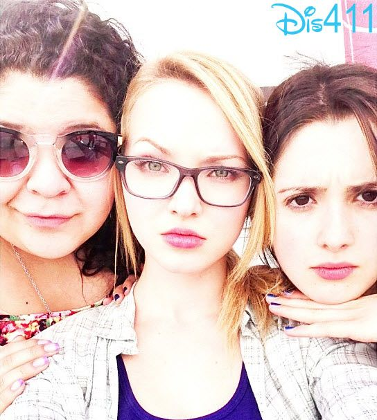 Laura And Raini  Visited With Dove Cameron