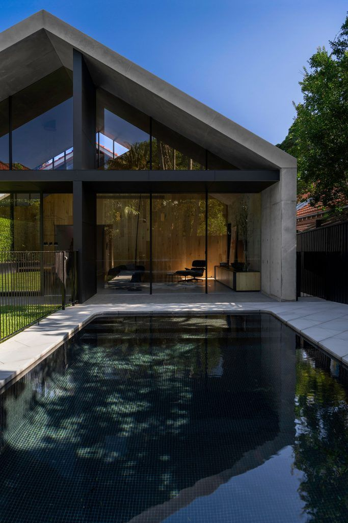 Extruded House By Mck Architecture And Interiors Sees A Bold And Simple Formal Response To It In 2020 Australian Interior Design Architecture Interior Design Companies
