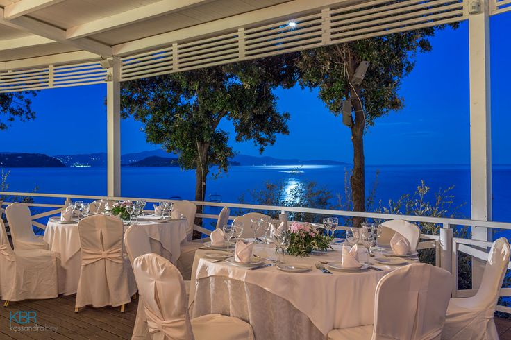Wedding receptions held in romance and elegance at Kassandra Bay Resort & SPA!