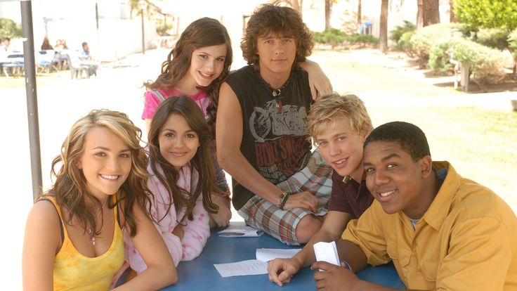 "After 10 years, Dan Schneider, the creator of Nickelodeon's ""Zoey 101,"" revealed what Zoey said about Chase on the time capsule episode."