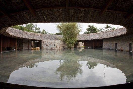 Architects: a21 studio - Hiep Hoa Nguyen, Nhon Qui Nguyen, Hang Thi Tran, Tien Giao Ngo, Toan Dinh Nghiem Location: Nha Trang, Vietnam Model: Duy Huu