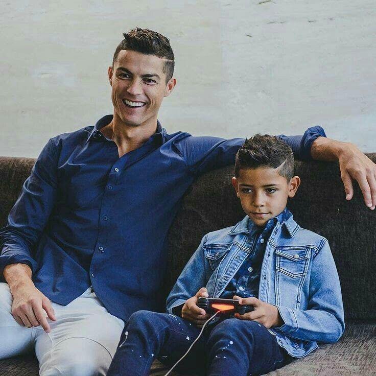 Cristiano Ronaldo Cristiano Junior Ronaldo Junior Cristiano Ronaldo Cristano Ronaldo