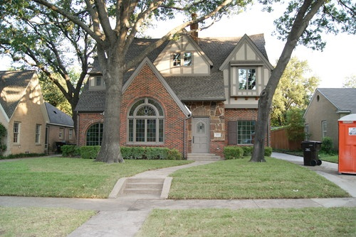 Brick house brown tan paint homes ideas pinterest paint colors house colors and colors - Exterior house colors with red brick ...