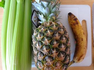 Blenderen: Bleekselderij ananas banaan smoothie