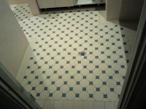 Edwardian Tiles - 100x100 Ivory Octagon and Greeen Dot - Laundry - Fremantle... wonder if I could do this with ivory dot and white tiles... would like a taupe dot with ivory