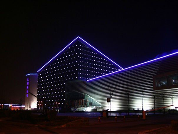 17 best ideas about facade lighting on pinterest facade - Exterior architectural led lighting ...