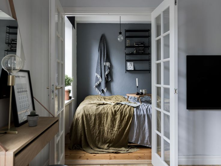 Got inspired by this cosy bedroom upon seeing it via Swedish real estate agent Historiska Hem | Styling by Åsa Copparstad | Photo by Johan Spinnell Follow Style and Create at Instagram | Pinterest |...