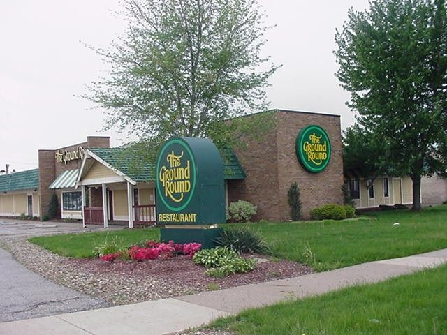 Restaurants Parma Ohio | 7777 Day Drive, Parma, OH, 44129 - Restaurant Property - Off-Market on ...