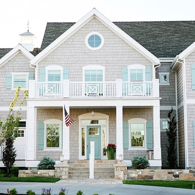 Variation On American Foursquare Styling Colors Similar To Benjamin Moore Exterior Paint